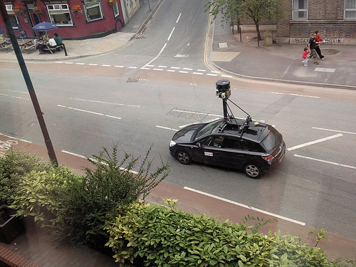 Google admet que Street View a collecté des information privées