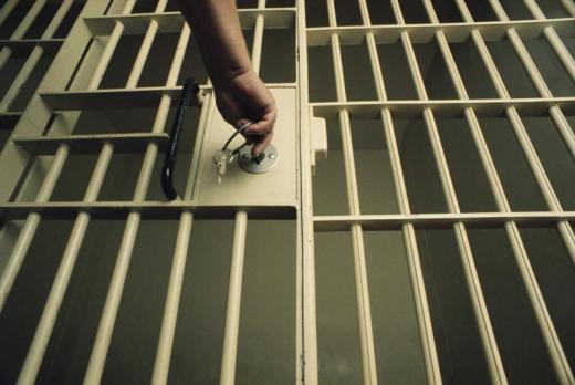 http://www.undernews.fr/wp-content/uploads/2010/11/prison.jpg