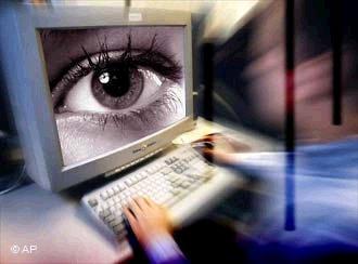 Le Web s'élève contre la surveillance des internautes
