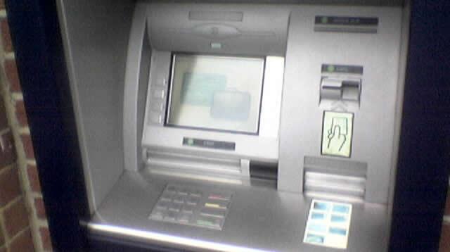 Le vol de données des cartes bancaires explose